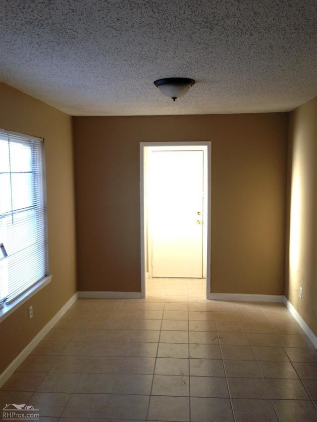 House For Rent In 1925 Christopher Drive Fort Worth Tx